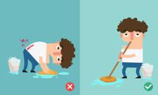 Posturas para fregar suelo sin dolor de espalda