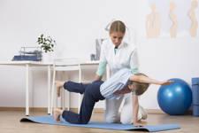 fisioterapia para la escoliosis infantil